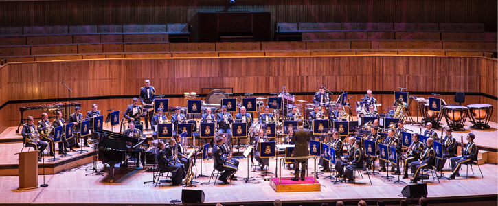 Esprit de Corps: Central Band of the RAF